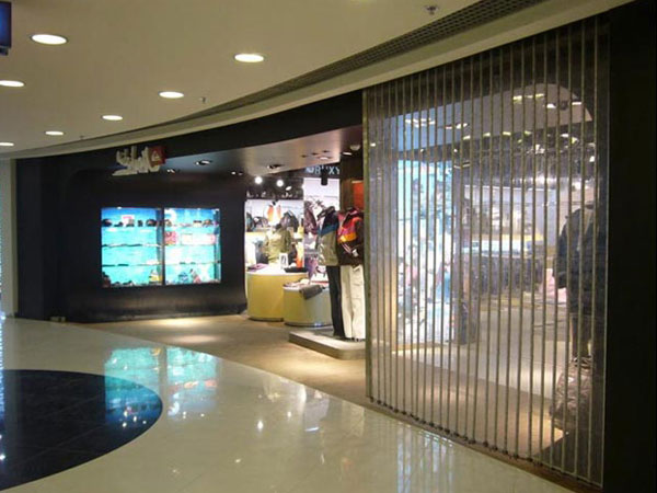 上海某商场水晶折叠门